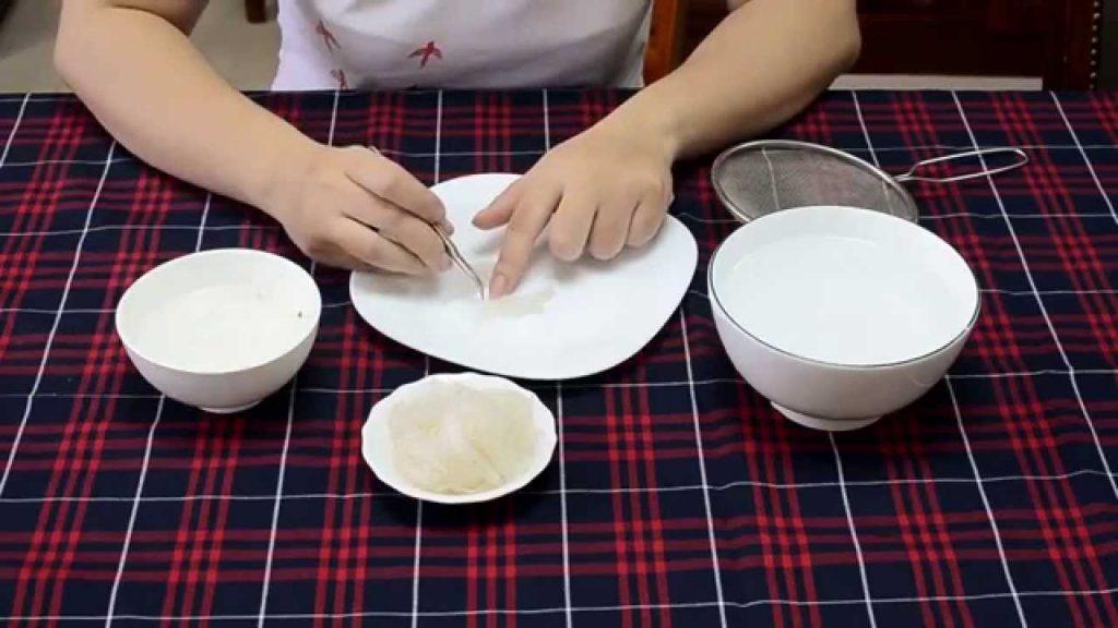 Cách chế biến làm sạch lông tổ yến